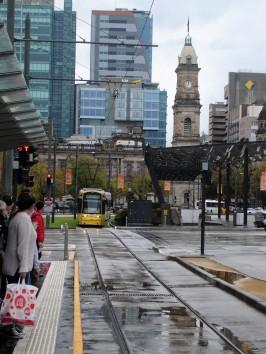 die Tram in der Innenstadt